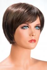 Perruque Daisy châtain : Perruque châtain aux cheveux courts en carré moderne à la nuque dégradée.